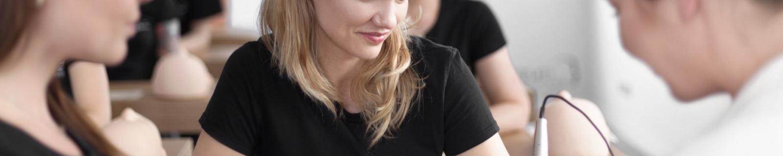 Szkolenia uzupełniające makijaż permanentny
